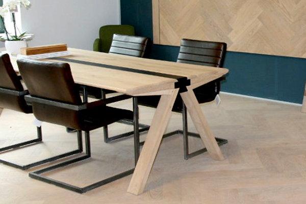 Fabrikanten en winkels houten vloeren tafels parket for Houten eettafel design