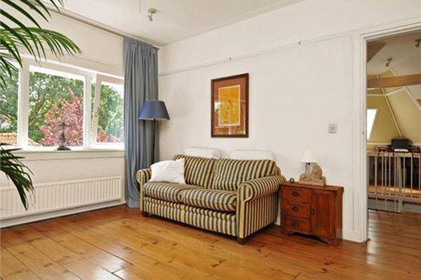 Massief Grenen Vloer : Grenen vloeren voor woonkamer of slaapkamer